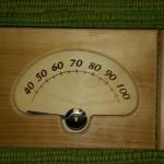 Lämpömittari saunaan